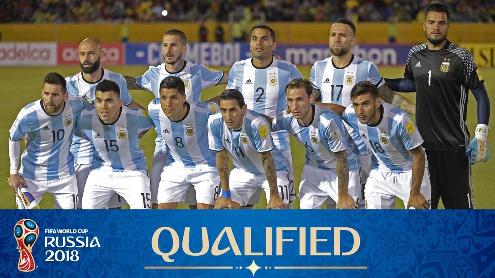 Argentina [Tim] tim sepakbola yang bisa di katakan sangat kuat yang bahkan bisa melawan tim tim sepakbola Eropa lainnya seperti Meksiko, Senegal dan beberapa tim lainnya. Tim ini sendiri di dunia dan di kenal sebagai tim sepakbola yang bisa memenangkan pertandingan piala dunia ini. Dan memainkan memang di pertandingan melawan tim sepakbola Senegal tim ini menang dngan skor 2-1 untuk Kroasia </p> <p><img class=